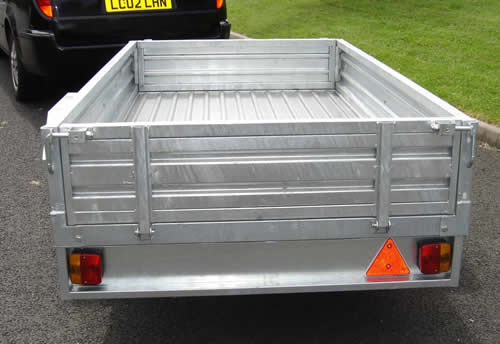 rear view trailer from apache trailers